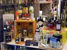 ACER Bottega via Manin 16 | Udine tutta per me | Vivere e fare shopping in centro a UdineUdine tutta per me | Vivere e fare shopping in centro a Udine #bottega  #liquori http://udine.tuttaper.me/lifestyle/acer-via-manin-16/