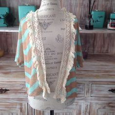NWOT chevron short-sleeved cardigan Mint and tan open-knit chevron cardigan with crochet and fringed opening Sweaters Cardigans