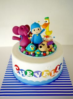 POcoyo!!! They were so cute! I have never watched this before and I had to do so over youtube to try and capture the proportions and character of the figurines on the cake. Even then, more can be done...