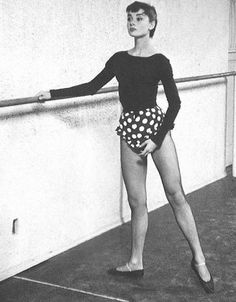 An excellent, great and old #Photo in classic #gm of #ballerina is life of the #ballet