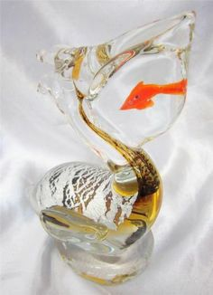 New Hand Blown Glass Amber Silver Foil Pelican Bird Paperweight Fish in Mouth