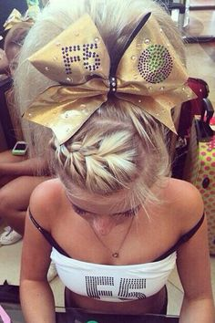 Cheerleading hair maryland twisters f5 worlds 2014 practice hair cheerleading bow poof tease braid