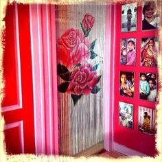 Doorcurtain Rose #interior #design #interiordesigner #home #styling #colorful #rosalisavilla #hallway #doorcurtain #roses #pink #red… Door Curtains, Villa, Colorful, Interior Design, Pink, Instagram, Home Decor, Nest Design, Decoration Home