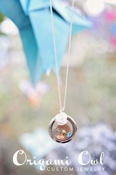 origami owl custom jewelry necklace lockets with interchangeable charms!! makes for great gifts!