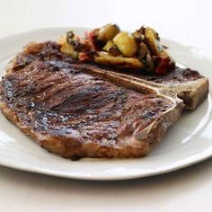 T-Bone Churrasco a la Plancha -- For a taste of Argentina; Chef Francis Mallman delves into grilling methods like a la plancha—on a griddle—in his book.Plus: Argentina's Best Wine Values More Great Steaks : food&wine Steak Recipes, Grilling Recipes, Wine Recipes, Francis Mallman, T Bone, South American Dishes, Steak Au Poivre, Great Steak, Latin Food
