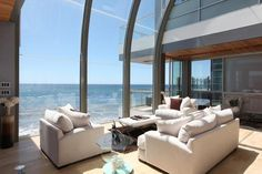 """Samantha's Malibu Beach House from """"Sex and the City"""""""