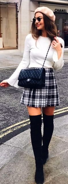 #spring #outfits woman wearing white crew-neck long-sleeved shirt. Pic by @sophielouisesdiary