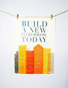 干したTシャツ=日光浴/明日へのエネルギーを吸収します。2013 Typography Orange Geometrical Office and Home Wall Calendar. $15.00, via Etsy.