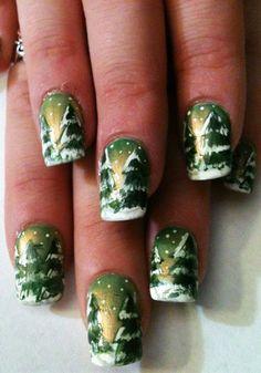 2013 Christmas tree nails, Dark Green Christmas nails for girls, snow Christmas tree nails for 2013 #Christmas #tree #nails www.loveitsomuch.com