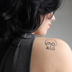 Love You Forever skulls temporary tattoos http://tattify.com/product/love-you-forever/