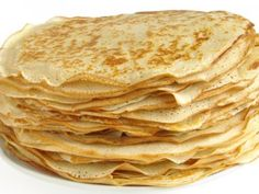 Crepes, made with coconut flour and oil. I'm almost positive that this photo isn't a photo of the actual crepes. Paleo Recipes, Low Carb Recipes, Cooking Recipes, Pancake Recipes, Waffle Recipes, Good Easy Recipes, Flaxseed Meal Recipes, Breakfast Recipes, Flour Recipes