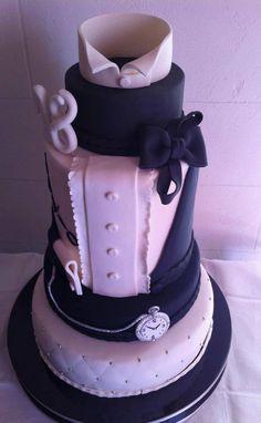 A groom's cake decorated like a tuxedo - we like it!