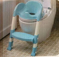 BLUE Baby Kid Toddler Assisant Potty Training Safety Seat Step Adjustable Ladder