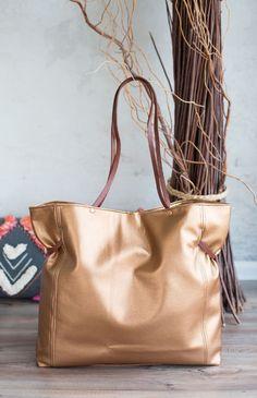3cf0e3725ab5b Eine schnell und einfach genähte Tasche ist die Carry Bag von farbenmix.  Toll finde ich