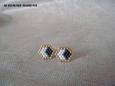 Minimalist earrings studs handmade Bohostyle gold, black and white Bohemian boho chic woven Miyuki beads Seed Bead Jewelry, Bead Jewellery, Seed Bead Earrings, Beaded Earrings, Jewelery, Beaded Bracelets, Stud Earrings, Bohostyle, Beaded Jewelry Patterns