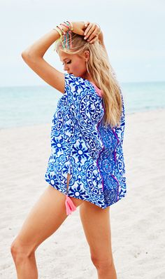 The Lilly Pulitzer Sydney Caftan in Resort White Pooling Around