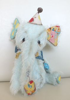 """Jamboree"" the baby circus elephant by Ragtail n Tickle, available from http://www.charliebearsandfriends.co.uk/index.php/6"