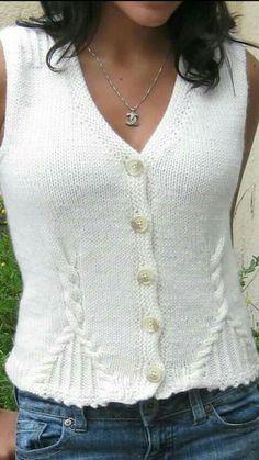 Knitting Patterns Vest Sleeveless vest V neckline Crochet Baby Cardigan, Knit Crochet, Sweater Knitting Patterns, Hand Knitting, Handgestrickte Pullover, Knit Vest Pattern, Girls Dresses Online, Hand Knitted Sweaters, Kawaii Clothes