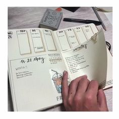 bujo finance These bullet journal ideas are THE BEST! Im so happy I found these GREAT bullet journal tips! Now I have some great bullet journal hacks that I can use! Bullet Journal Mood, Bullet Journal Aesthetic, Bullet Journal Hacks, Bullet Journal Ideas Pages, Book Journal, Bullet Journal With Stickers, Bullet Journal Timetable, Bullet Journal Homework, Bullet Journal Legend