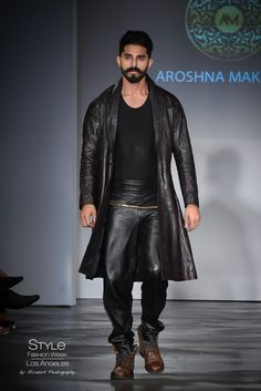 Men's Leather Jackets: How To Choose The One For You. A leather coat is a must for each guy's closet and is likewise an excellent method to express his individual design. Leather jackets never head out of styl Mens Leather Coats, Leather Blazer, Men's Leather, Leather Jackets, Leather Fashion, Mens Fashion, Latest Mens Wear, La Fashion Week, Revival Clothing