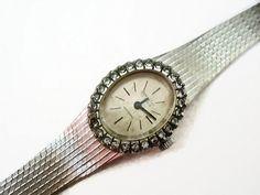 Armbanduhr+PRUNK+70er+Vintage+Uhr+modern+schlicht+von+Mont+Klamott+-+seltene+Vintage+Einzelstücke:+Liebzuhabendes,+Verspieltes,+Tickendes,+Klunkerndes,+Zauberhaftes,+Antikes,+Kurioses,+Schmuck+&+Uhren++auf+DaWanda.com