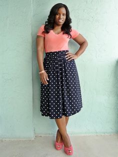 Like the shape of skirt & neckline of top however heels are too chunky for my liking