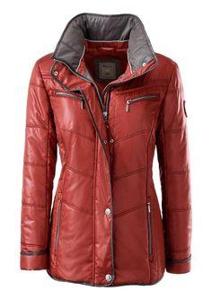 #Wega #Fashion #Damen #Wega #Fashion #Jacke mit im #Umlegekragen #versteckter #Kapuze #braun Jacke. Attraktive Jacke in dezentem Glanz mit im Umlegekragen versteckter Kapuze. Reißverschluss mit Druckknopfleiste verdeckt. 4 Reißverschluss-Taschen. Figurfreundlich abgesteppte Seitenpartien. Die Wiener Nähte geben optimalen Sitz. N-Größe: Länge in Gr. 42 ca. 68 cm. K-Größe: Länge in Gr. 21 ca. 64 cm. 100% Polyester. <br/> Jacke. Attraktive Jacke in dezentem Glanz mit im Umlegekragen…