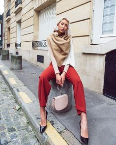 Clothes arent going to change the world. The women who wear them will. Anne Klein wears KUKLA woody ellen as a scarf photographer: HMUA: stylist: Every Woman, Change The World, Anne Klein, Woody, Sustainable Fashion, Capsule Wardrobe, Wrap Dress, Stylists, How To Make