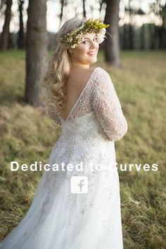 Roz la Kelin Glamour Plus Collection for Plus size brides on Facebook https://www.facebook.com/glamourplus