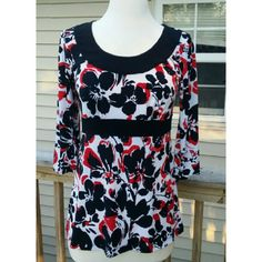 Maurices Top Beautiful print top with 3/4 sleeves. 95% Polyester  5 % Spandex Maurices Tops
