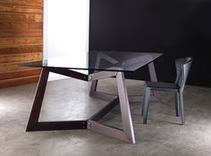 The Argyll Dining Table Base is far more than functional; it's a brilliant statement piece for your dining area. With graceful angles and an intriguing geometric design, the Argyll has modern sculptural elements that bring bold, yet graceful artistry to a dining space.