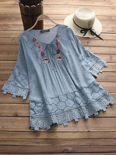 Women Casual Loose Lace Cutout Tops Tunic Blouse Shirt With . Read more The post Women Casual Loose Lace Cutout Tops Tunic Blouse Shirt appeared first on How To Be Trendy. Chic Outfits, Fashion Outfits, Fashion Blouses, Mode Hijab, Blouse Vintage, Shirt Blouses, Lace Blouses, Women's Shirts, Work Shirts