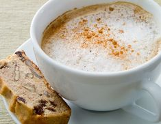 A perfect coffee drink made with dairy-free milk. Tea Recipes, Coffee Recipes, Dairy Free Recipes, Paleo Recipes, Gluten Free, Cappuccino Recipe, Cappuccino Machine, Homemade Cashew Milk, Paleo Coffee