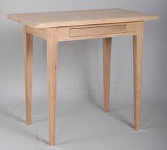 Pieni kirjoituspöytä, 85x50 cm