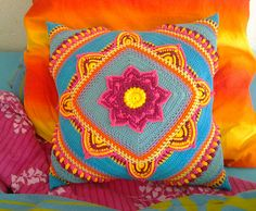 This is the official Ravelry page for the In Bloom CAL, hosted by www.Favoritgarner.se and MijoCrochet.