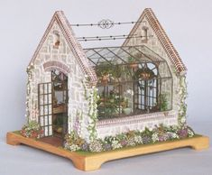 Well This is Ideal - A Terrarium & A Miniature Greenhouse! - Well This is Ideal – A Terrarium & A Miniature Greenhouse! Vitrine Miniature, Miniature Rooms, Miniature Houses, Miniature Gardens, Mini Gardens, Miniature Greenhouse, Mini Greenhouse, Greenhouse Wedding, Greenhouse Plans