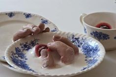 Ronit Baranga's Creepy And Strangely Arousing Ceramic Tableware Covered With Fingers And Mouths