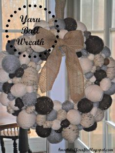 Knock-it-Off Crafts: Is there such a thing as having too many balls? A cozy, sweet, yarn ball wreath tutorial Wreath Crafts, Burlap Wreath, Wreath Ideas, Knitting Yarn Diy, Pom Pom Wreath, Yarn Bowl, Wreath Tutorial, Yarn Shop, How To Make Wreaths