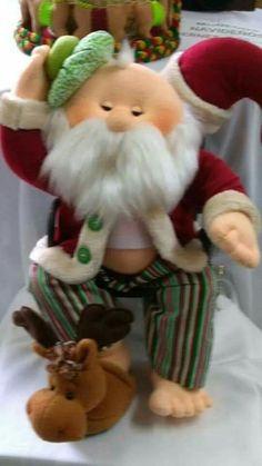 icu ~ Papa no el sentado Christmas Crafts For Gifts, Christmas Sewing, Santa Christmas, Christmas 2017, Little Christmas, Christmas Time, Vintage Christmas, Christmas Decorations, Xmas