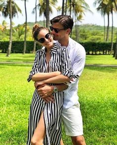 Olivia Palermo With Her Husband August 2018 - Fashion, Street style, Haute Couture Estilo Olivia Palermo, Olivia Palermo Outfit, Olivia Palermo Lookbook, Olivia Palermo Style, Cute Couples Goals, Couple Goals, Couple Style, Johannes Huebl, Outfit Elegantes