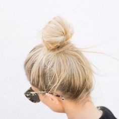 6 super sexy valentines date-night hair looks - One Fine Day Wedding Fair Beautiful Buns, Gorgeous Hair, Messy Hairstyles, Pretty Hairstyles, Hair Inspo, Hair Inspiration, Corte Y Color, Good Hair Day, Straight Hair
