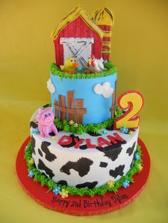 https://flic.kr/p/9h4wu3 | Barnyard Birthday Bash Cake | I drew inspiration for this cake from many cakes I found online.  The birthday girl was having a petting zoo birthday party and this cake played off the party invites.