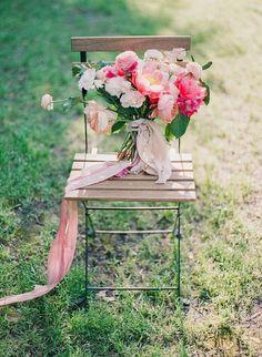 Fabulous Pink Texas Wedding - MODwedding