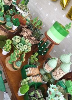 Cactus theme dessert table - Cactus theme dessert table You are in the right place about party ideen Here we offer you the most - Cactus Cake, Cactus Cactus, Indoor Cactus, Green Cactus, Baby Cactus, Cacti, Cactus Food, Cactus Cupcakes, Cactus Flower