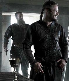 Ragnar Travis Vikings, Vikings Travis Fimmel, Vikings Ragnar, Vikings Show, Vikings Tv Series, Lagertha, King Ragnar Lothbrok, Viking Series, Viking Culture
