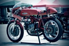 Aermacchi Harley Davidson #68 Glory Days