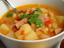 Krista's Kitchen: Ham and Bean Soup with Corn Dog Muffins Rib Recipes, Lunch Recipes, Cooking Recipes, Ham And Beans, Ham And Bean Soup, Cheesy Chicken Tortilla Soup, Rhubarb Custard Pies, Cornbread Salad, Corn Dog Muffins