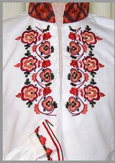 www.larsenhusflid.no Embroidery Thread, Embroidery Designs, Folk Costume, Costumes, Scandinavian Embroidery, Folk Clothing, Embroidered Blouse, Headgear, Traditional Outfits