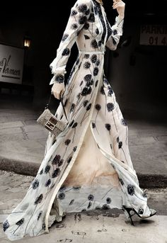 chiffon dress, street style, blak and cream, floral, romantic