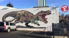 """Nychos hinterlässt einen """"Translucent T-Rex"""" in Oakland  Den Street Artist Nychos hatten wir vor einem halben Jahr schon mal auf dem Blog. Damals haben wir dir Murals gezeigt, auf denen der Österreicher H..."""